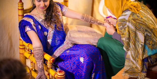 Henna Painting - Indian wedding photography