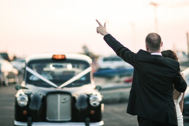 lonbdon cab for weddings